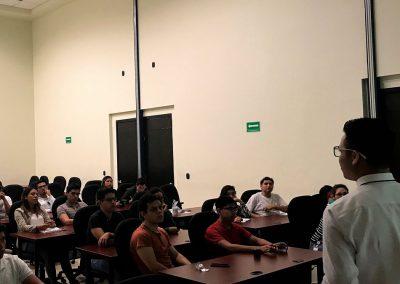 Inducción a becarios en Morelos